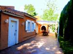 Chalet independiente con piscina en Monasterios